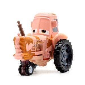 Image 5 - Figuras de personajes de Disney Pixar Cars 3 para niños, 22 estilos, Jackson Storm, Cruz Ramirea, coches de plástico de alta calidad, modelos de dibujos animados, regalos de navidad