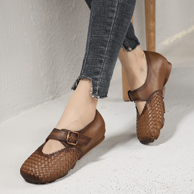 Woven Shoes Woman 2019 New Arrival Soft Natural Leather Lady Flats Round Toe Magic Tape Buckle