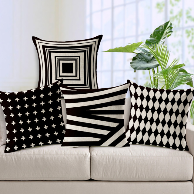 Decorative throw pillows case black white geometric for Housse pour sofa