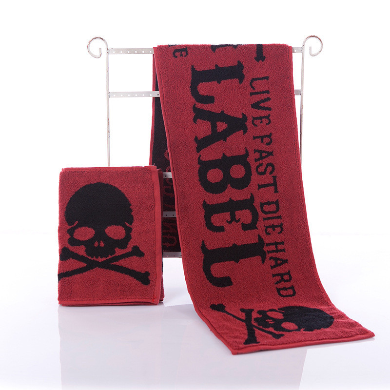 Red Skull Printing Sports Towel Fitness Absorbent Bath Towel Outdoor Fashion Quick-Drying Beach Towels Adult Movement Yoga Towel