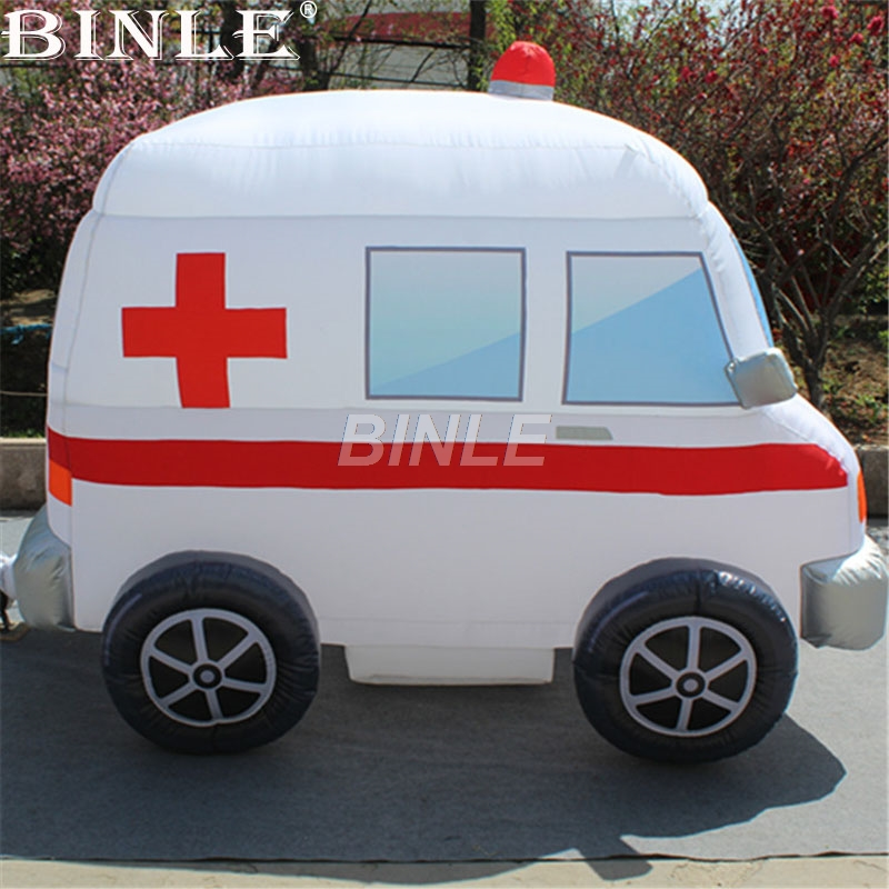 купить Customized hot sale giant inflatable car model ambulance car with blower for advertising недорого
