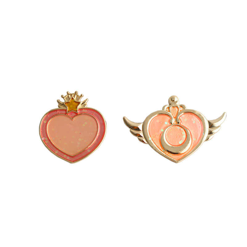 fashion accessories metal enamel wing heart card captor sailor moon badge collar brooch pin