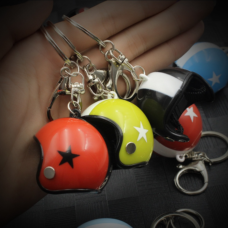 Creative Motorcycle Safety Helmets Car Auto five-star Keychain Pendant Classic Keyring Keyfob Casque Holder Car Accessories
