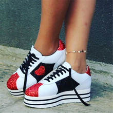 Fashion Embroidery Rose Platform Leather Brogues Oxford Women Casual Shoes Lace Up Espadrille Flat Loafers Casual Shoes Woman недорого