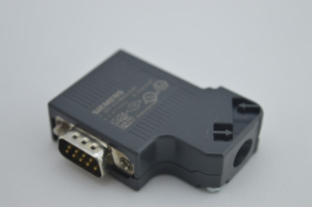 Bus Interface Plugs 6ES7972-0BA42-0XA0
