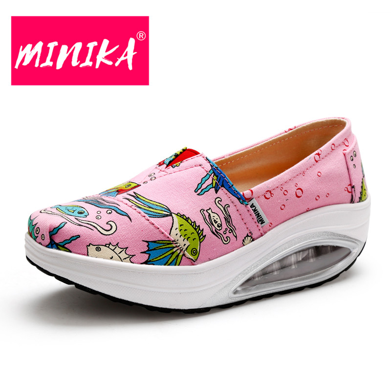 MINIKA Fashion Embroidered Loafers Women Slip On Shallow Mouth Women Casual Shoes Height Increase Platform Women Flat Shoes minika women shoes flats loafers casual breathable women flats slip on fashion 2017 canvas flats shoes women low shallow mouth