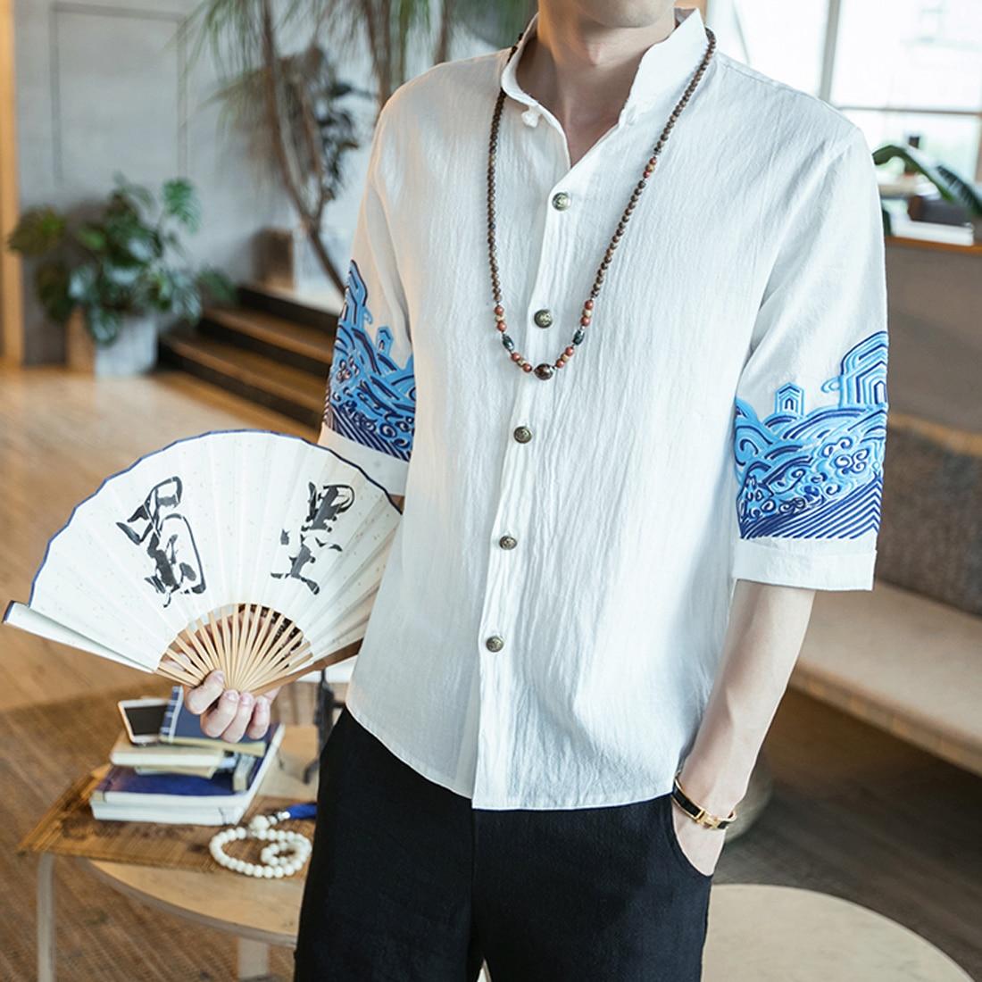 Льняные мужские рубашки с вышивкой