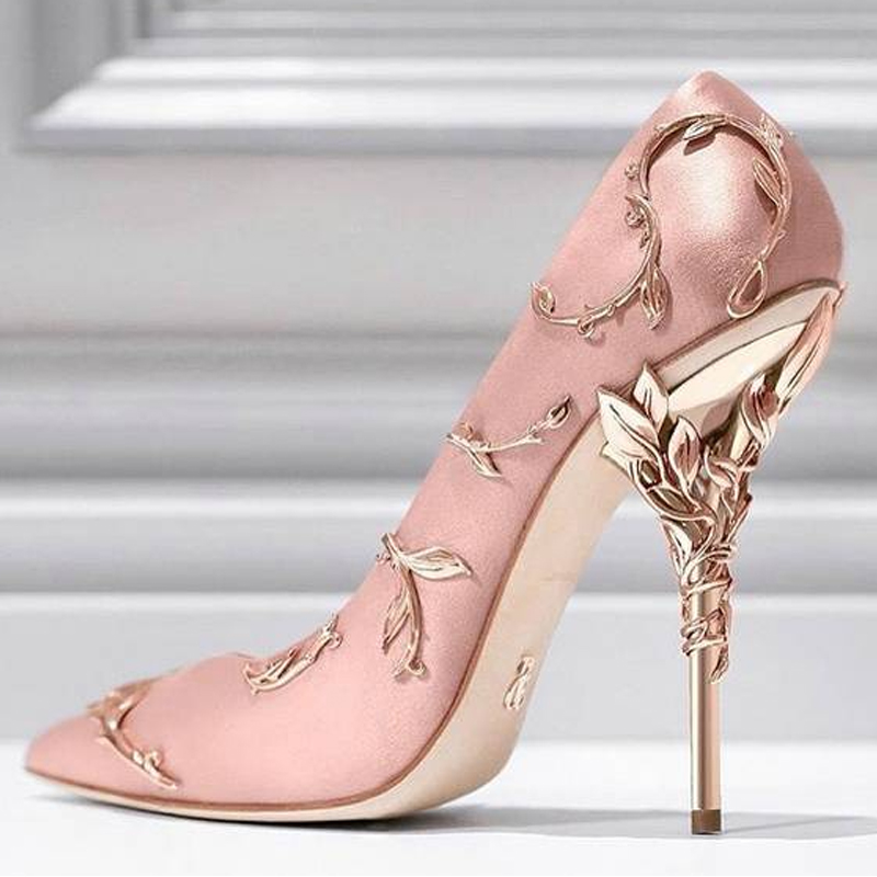 Talons Et Chaussures Haute Défilés Nuit 5 2 1 Super Boîte Hollo Hauts Pointu Européen 4 Métal Femmes De Talon 3 Américain Accessoires wqzXBA