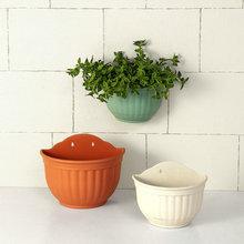 1pcs Plastic Wall Hanging Flower Pot Half Round Basket Vertical Planter Balcony Home Decoration Gardening Green Craftses