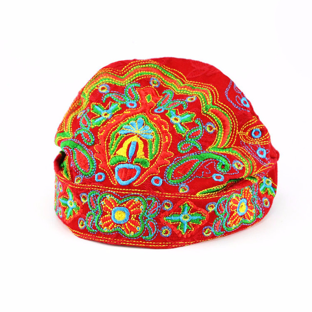 2019 New Women Ethnic Floral Female Fashion embroidery Cap Ladies Working Spring Adult Boho Hippie Vintage Beanies Hat