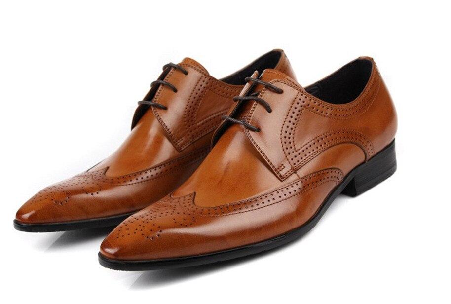 Véritable cuir beige noir mode Italienne chaussures hommes Marque des hommes d'affaires de robe chaussures Rétro Noir Sculpté Chaussures De Mariage