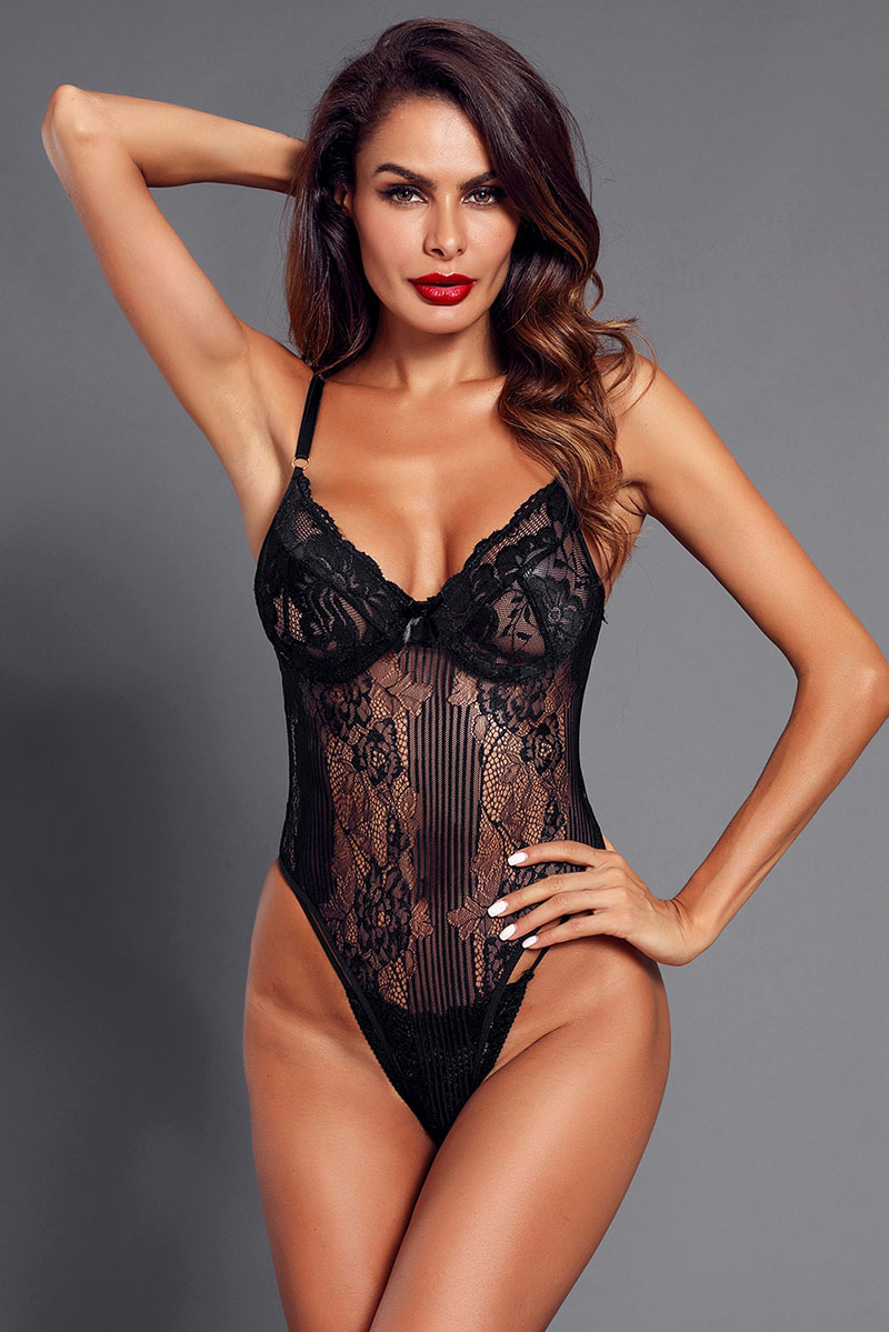 Black-Yummy-Scalloped-Lace-Teddy-Lingerie-LC32095-2-15