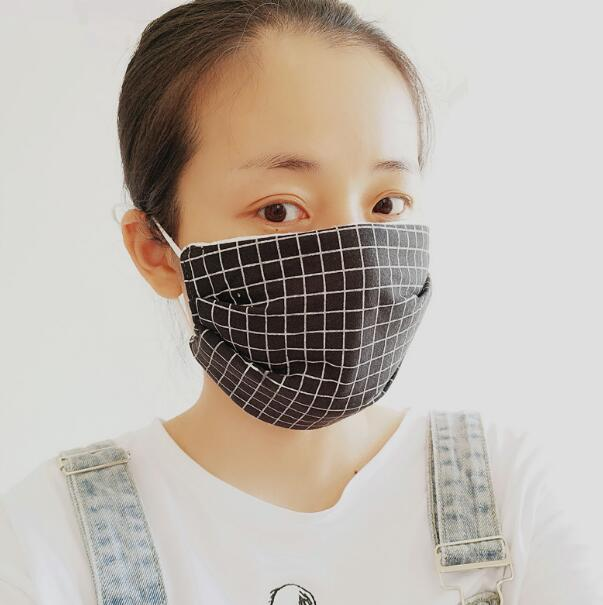 Women's Autumn Winter Thicken Warm Plaid Checked Mask Gilrs PM 2.5 Breathable Cotton Mouth-muffle R673