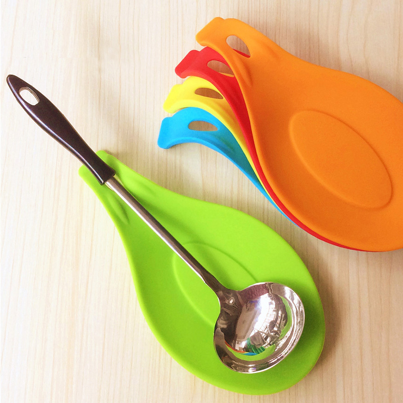 Silicone Spoon Insulation Mat Silicone Heat Resistant Placemat Tray Spoon Pad Drink Glass Coaster hot sale Kitchen Tool CD0003