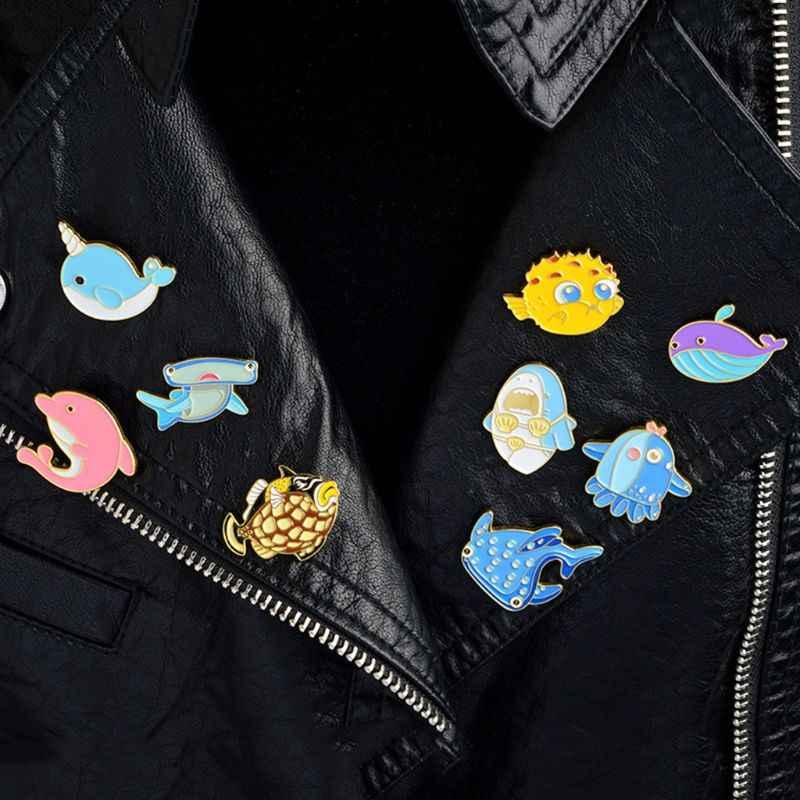 Animale Spilla Animali Marini Delfino Pesce Carino Distintivo Del Fumetto Dei Bambini Delle Donne Colorful Decorazione Divertente Smalto Spilli Corpetto Casual