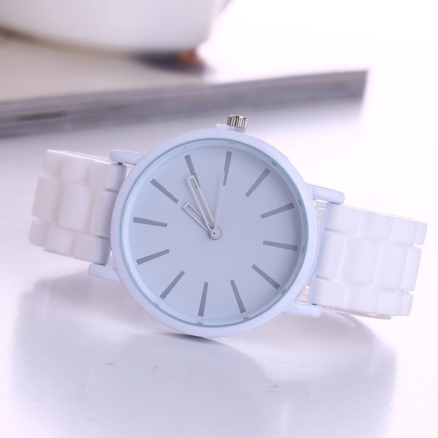 Hot Sale Candy Color Silicone Watch Women Ladies Fashion Dress Quartz Wrist Watc