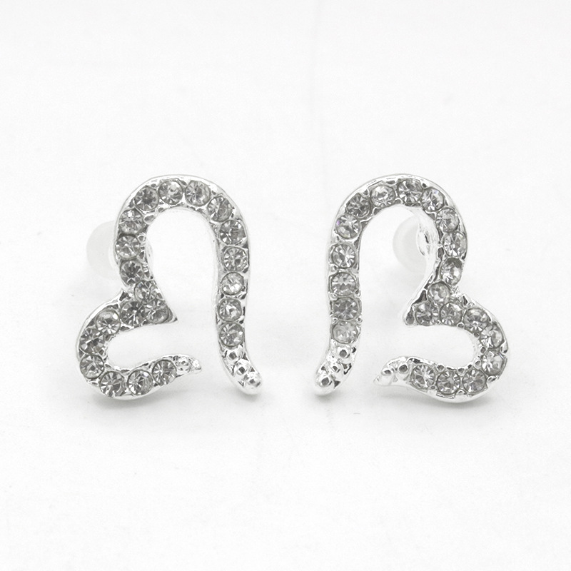 Heart Stud Earring For Women Silver Color Earings Crystal Zircon Rhinestone  Love Statement Charm Ladies Fashion a2beeb60380e