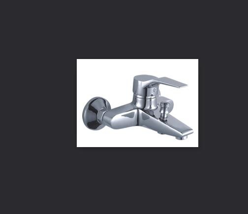 Straight hair in Poland shower faucet bathtub faucet triple bathroom hot and cold mixing valve shower shower nozzle set XT386 видеоигра для pc mad max