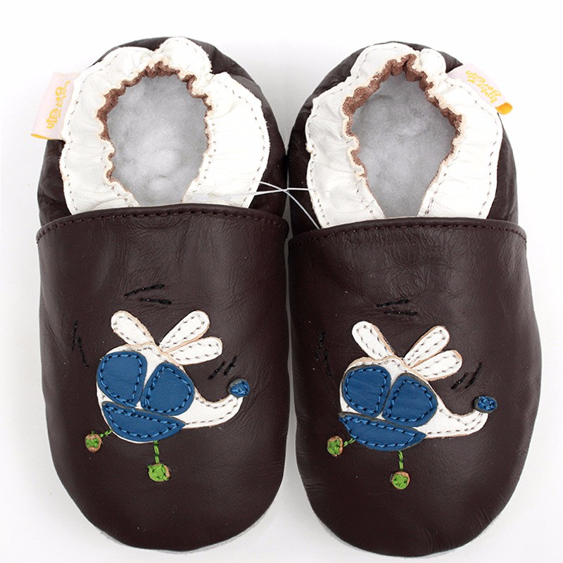 9ec992e7096bd US $9.68 43% OFF|Black Baby Shoes Girls First Walkers Newborn Baby Girl  Shoes Soft Sole Leather Moccasins Infant Shoes Baby Slippers Kids Bebes-in  ...