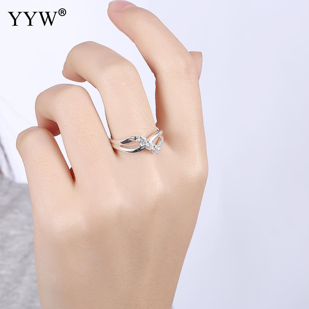 Free Shipping New Design Fashion Engagement Rings For Women Silver-color Sparkling Micro Pave Stackable Twisted Ring Jewelry