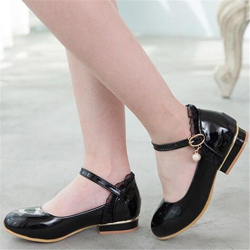 nova primavera sapatos de couro preto branco 04