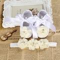 Девочка атласные кружева малыш обуви Крещение Крещение младенцев обувь Оголовье набор, Милый Цветок sapatinhos де bebe menina