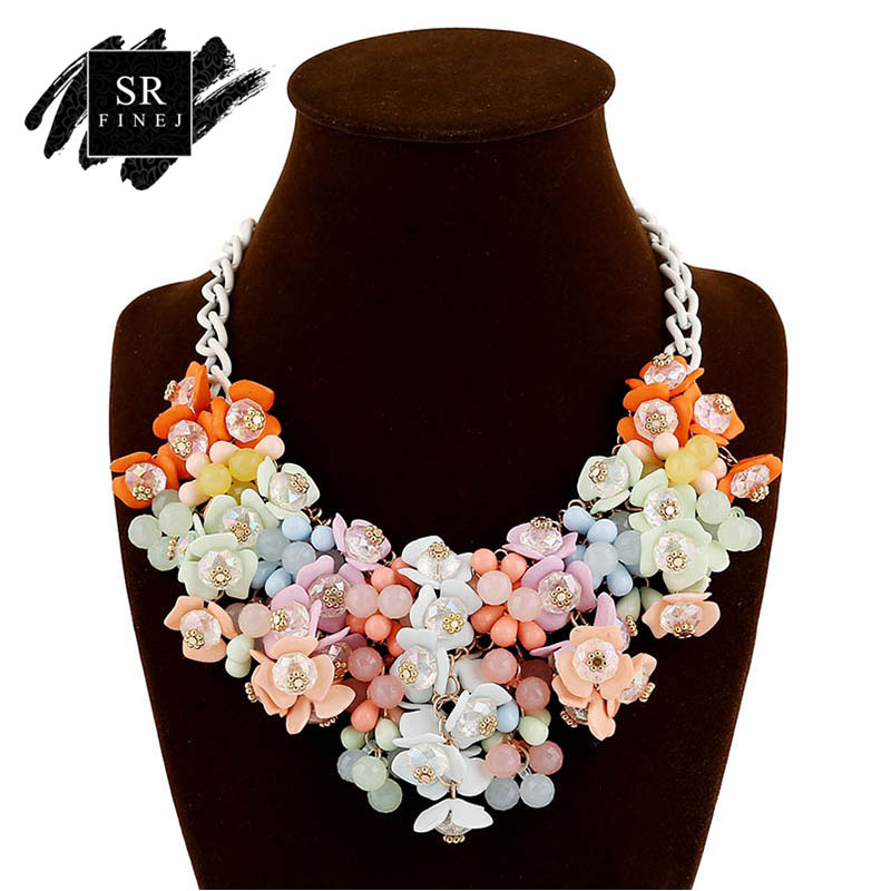 Sr:finej Exaggerated Crystal Color Yellow Flower Retro Necklace&pendants Statement Choker Necklace Woman Jewelry High Quality retro style flower pendants necklace for women