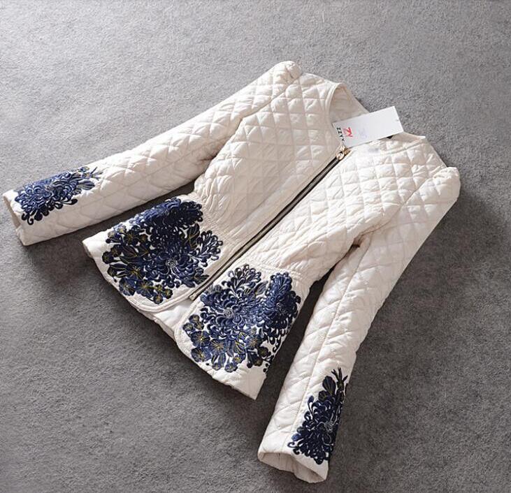 جودة عالية جديد 2016 أزياء الشتاء معطف المرأة طويلة الأكمام مذهلة التطريز سستة أسفل سترة سترة حجم M-3XL