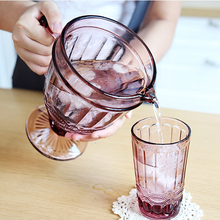 European Cold Water Tea kettle Set Creative Glass Household Milk Juice Pot with 2 Glasses Embossed 1300 ml 350ml Cup