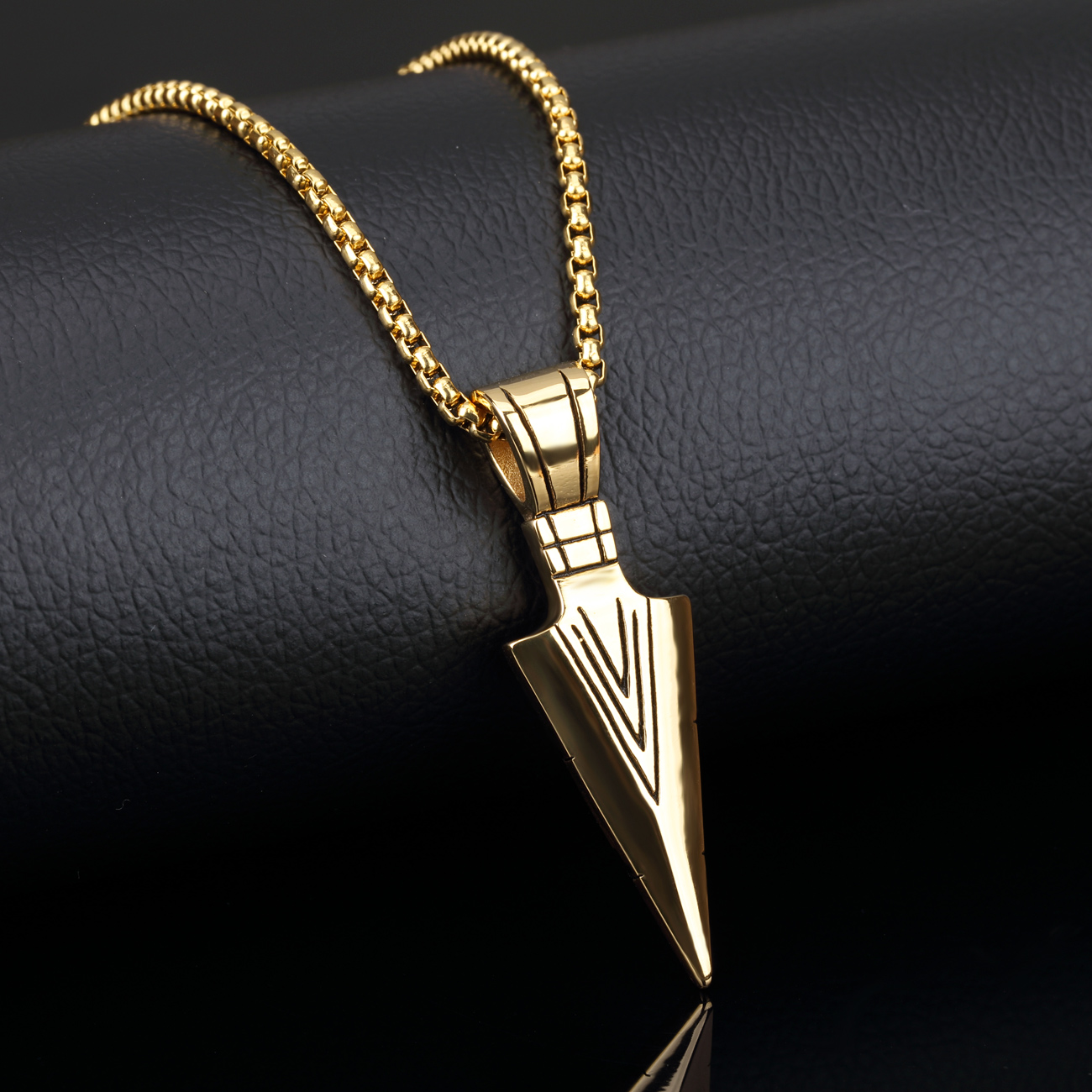 Trendy stainless steel arrow design pendant men necklace with box aeproducttsubject mozeypictures Gallery