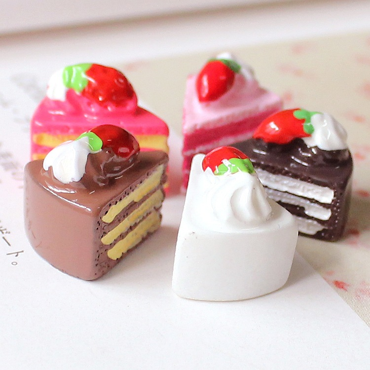 3Pcs Strawberry Cakes Miniature Food Models Dollhouse Accessories For Dolls/_*WU