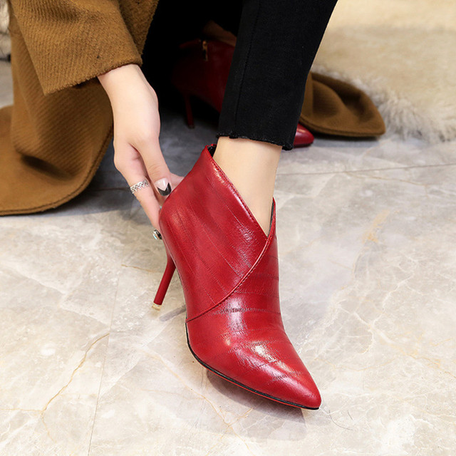 buy popular b5138 7d58e US $29.27 53% OFF|NEW women riding ankle boots red bottom spring autumn  pointed toe fashion black red brown shoes Casual Handmade boots high heel  -in ...