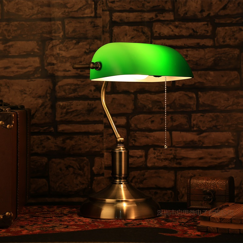 E27 Retro Coffee Shop Table Lamp Glass Vintage Desk Lamp  110/ 220V Bedroom Bar Table Light Desk Light  Bank lampe loft retro coffee shop table lamp wood vintage desk lamp dimmable 40w edison bulb 220v bedroom bar table light desk light wooden