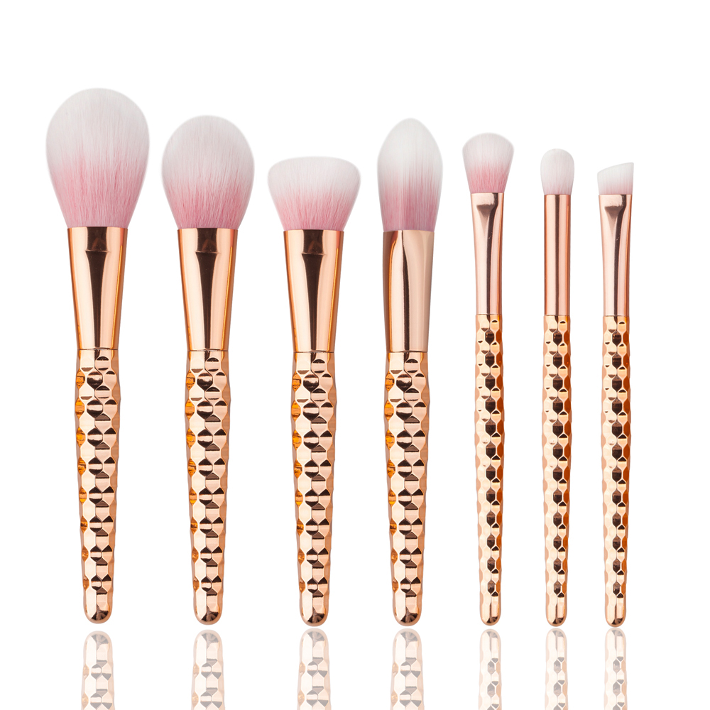 цены Rose Gold Makeup Brushes Professional Beauty Honeycomb Eyeshadow Brush Cleaner Make Up for Eyes Blending Brush Cosmetics 2017