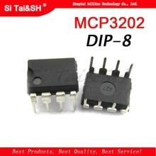 1pcs  MCP3202 BI/P MCP3202 CI/P MCP3202 DIP 8