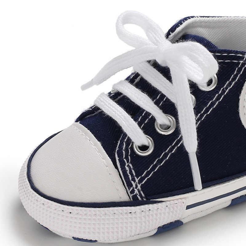 2019 Classic Canvas Pasgeboren Baby Jongens Meisjes Babyschoenen Peuter Zachte Zool Anti-slip Baby Fashion Sneakers Baby Mocassins