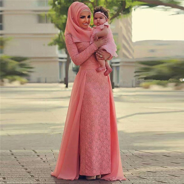 Elegant Lace Dress Vintage Long Formal Dresses With Sleeve Muslim