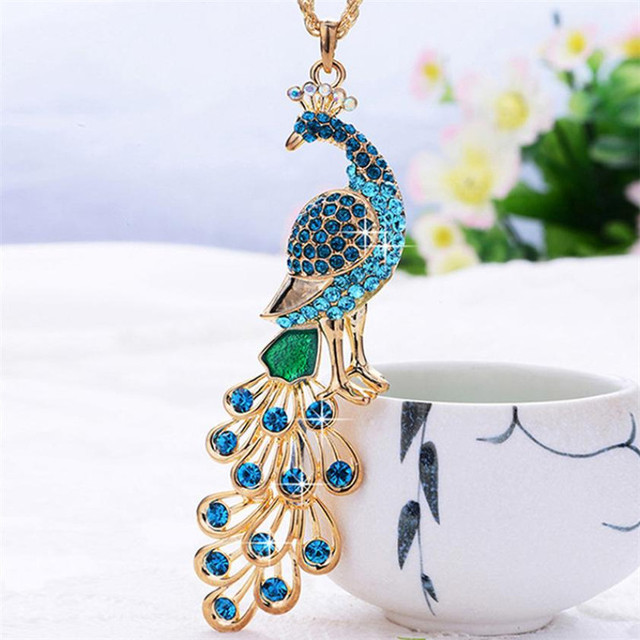 brixini.com - Glamorous Natural Crystal Peacock Pendant Necklace