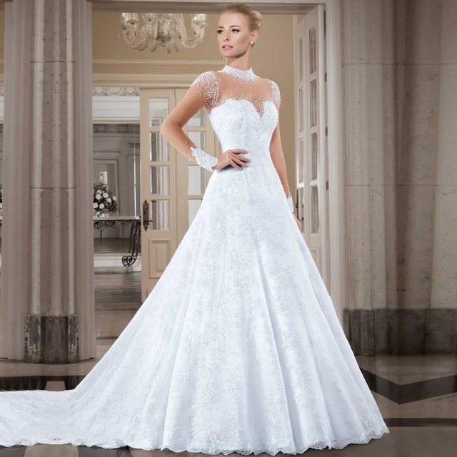 Aliexpress compre vestido de noiva 2016 brazil retail sexy vestido de noiva 2016 brazil retail sexy bridal dresses gorgeous pearls long sleeve lace wedding dresses junglespirit Choice Image