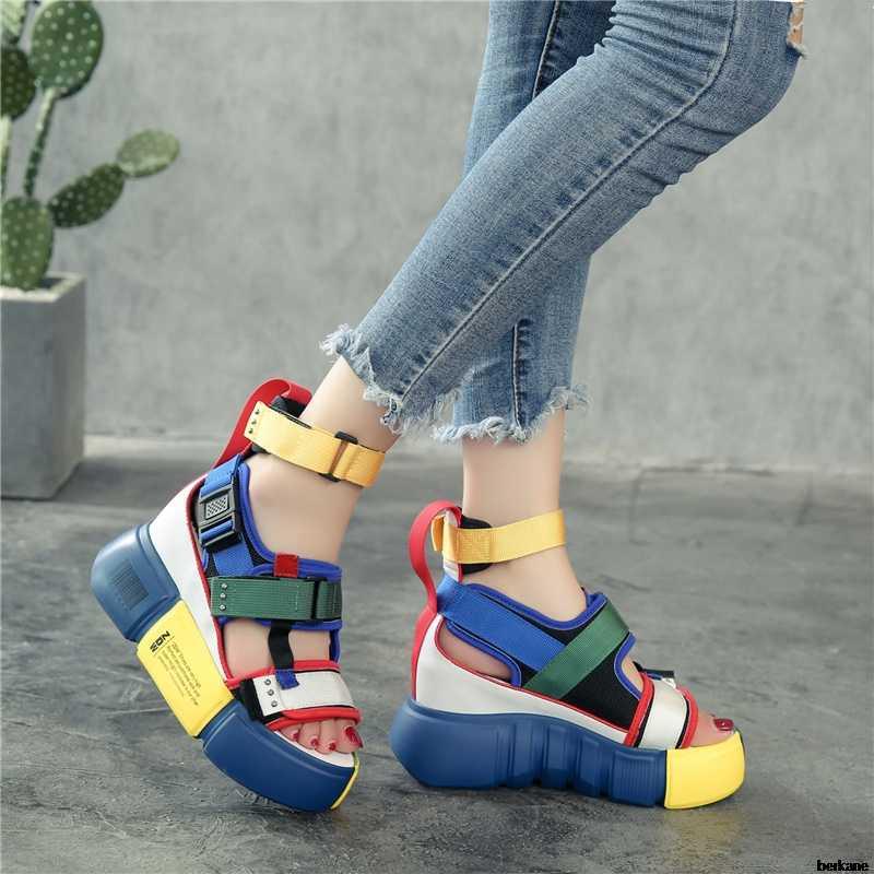 פלטפורמת סנדלי נשים נעלי 2019 קיץ סופר עקבים גבוהים גבירותיי נעליים יומיומיות טריז שמנמן סנדלי גלדיאטור אופנה גבוהה למעלה