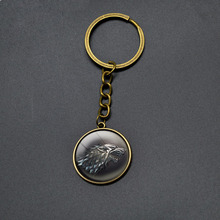 Vintage GAME OF THRONES Keychain Cartoon Anime Jewelry Accessories Round Pendant Key Chains For Boys Girls Wolf Dragon Key Rings
