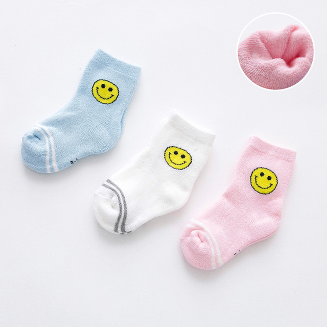a8e495949dbe 3 pair of winter group boys and girls cartoon lovely smiling face ...