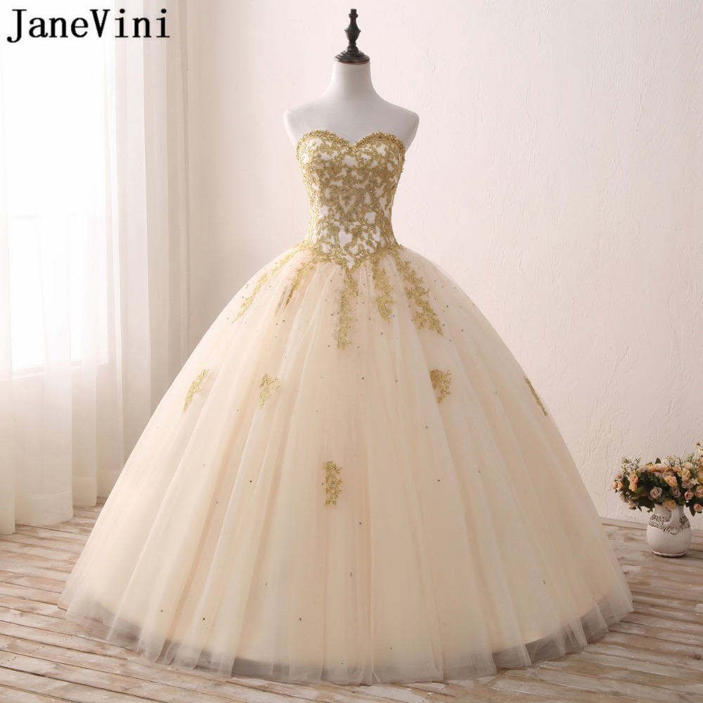 b85c41498310 JaneVini Light Champagne Quinceanera Dresses Ball Gown 2019 Sweetheart Gold  Appliques Beaded Tulle Puffy Gowns Vestido
