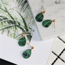 2017 free shipping fashion women New Jewelry wholesale Minimalist design green shell temperament earrings