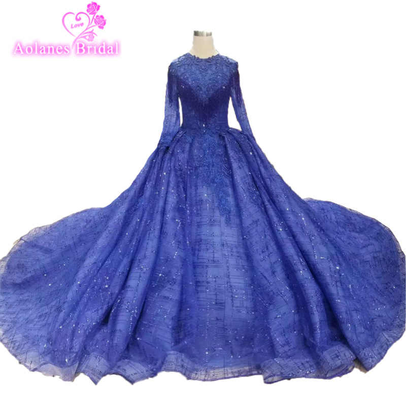Vintage Blue Lace Long Sleeveless Ball Gown Prom Dresses 2019 Applique  Beading Crystals Party Dresses Custom 9a25d079b0a2