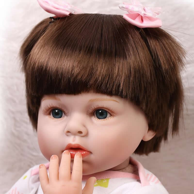 Real Lifelike Reborn Babies Girl Doll 22 Inch Newborn Princess Silicone Toy Cloth Body Alive Dolls With Dress Kids Playmate