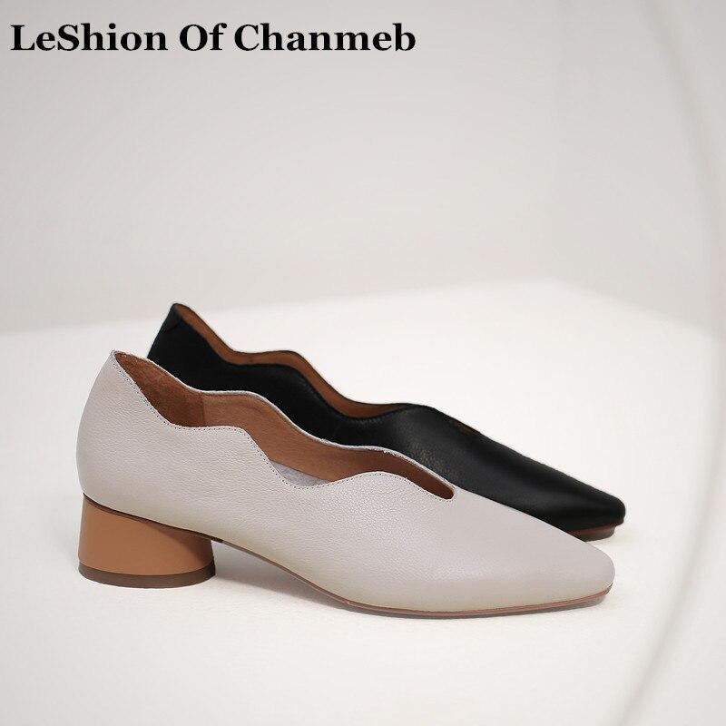 숙 녀 2019 봄 새로운 패션 소프트 진짜 암소 가죽로 퍼 큰 플러스 크기 42 여성의 편안 슬립 온 웨이브 트림 플랫 신발-에서여성용 플랫부터 신발 의  그룹 1
