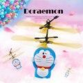 Бесплатная доставка Doraemon бамбук стрекоза зарядки динамический тяжести индукции автомобиль анти падение руки индукции ребенок летающих игрушек