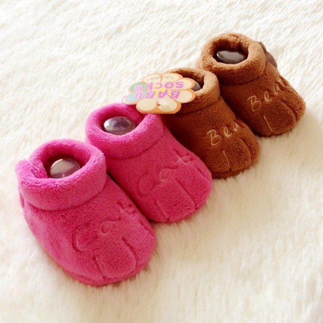 Newborn Baby Shoes Free Shipping Baby Girl Shoes Coral Cashmere Keep Warm Cotton Soft Crochet Baby Shoes