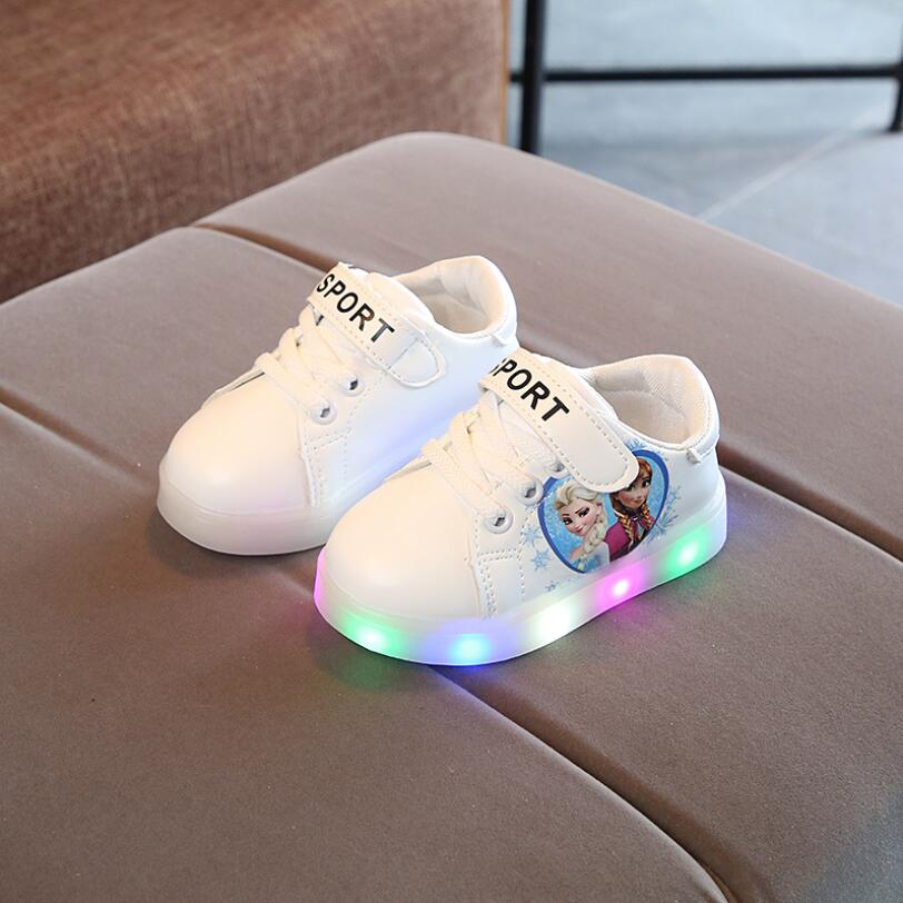 Princess noble LED shoes for girls all season sports running baby sneakers solid fashionable excellent kids children shoesPrincess noble LED shoes for girls all season sports running baby sneakers solid fashionable excellent kids children shoes